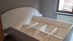 Bett integrierte Schübe